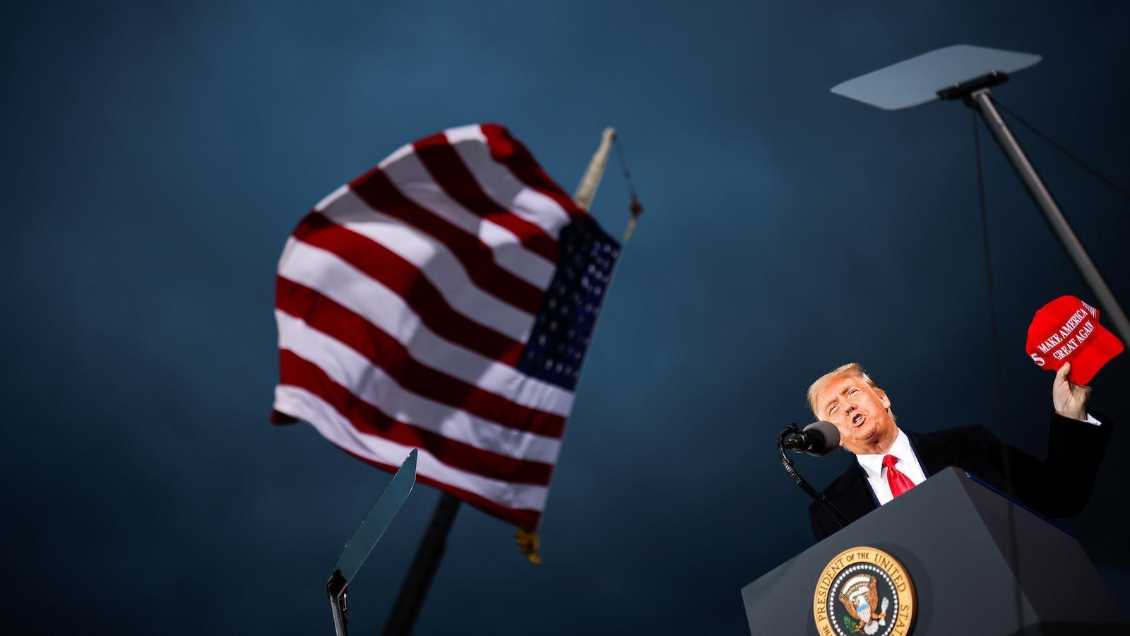 Trump cita el covid-19 del seu fill Barron per reclamar que reobrin les escoles
