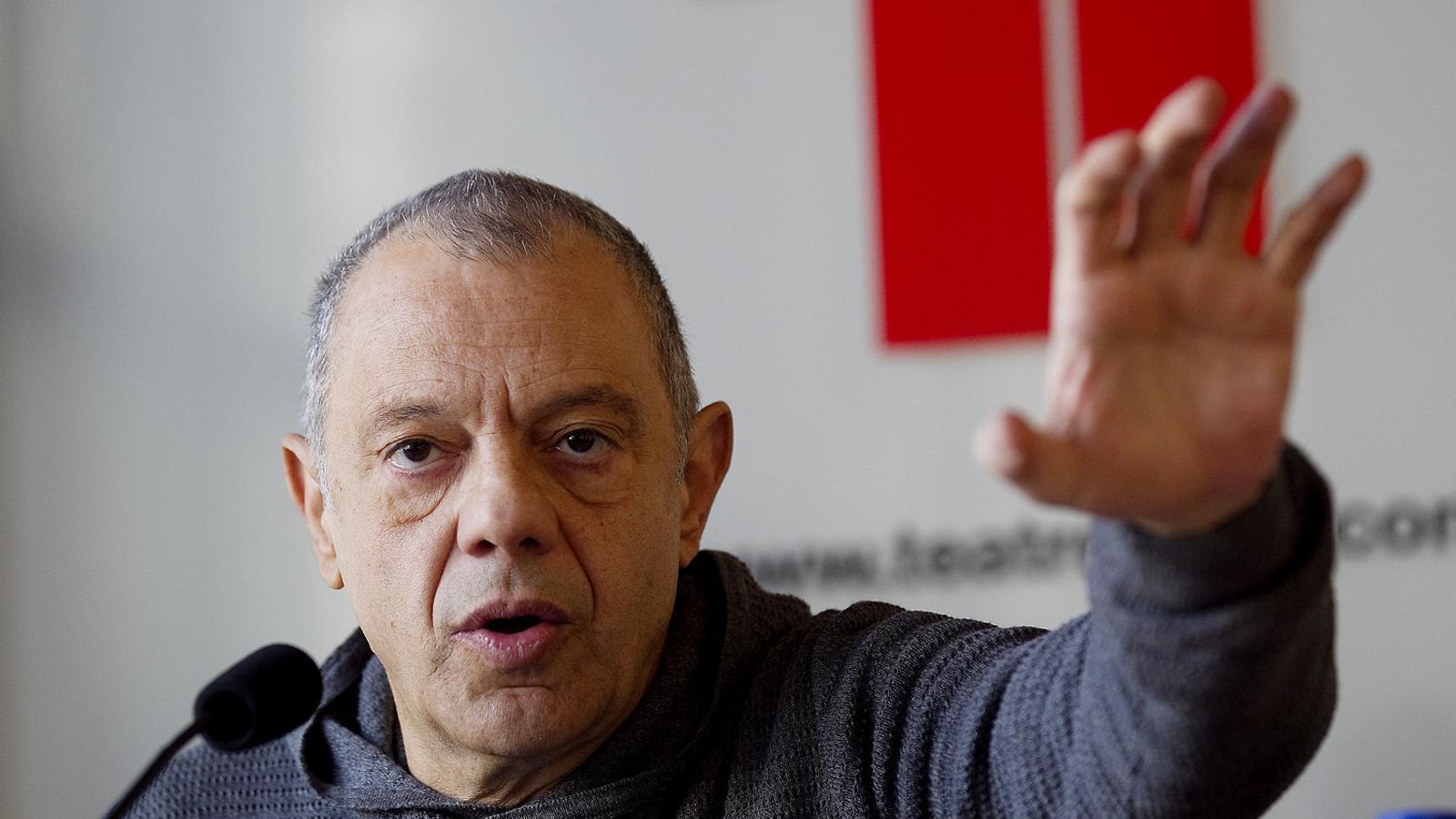 Un manifest anònim demana el cessament de Lluís Pasqual
