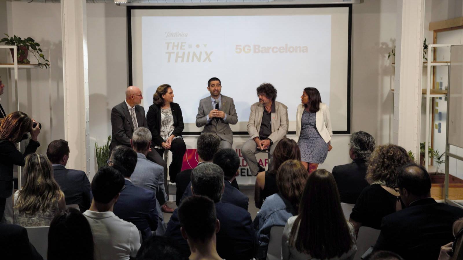 El director general de la MWC, Carlos Grau, amb l'alcaldessa Ada Colau, el conseller Jordi Puigneró i la consellera delegada de Telefónica a Espanya, María Jesús Almazor.