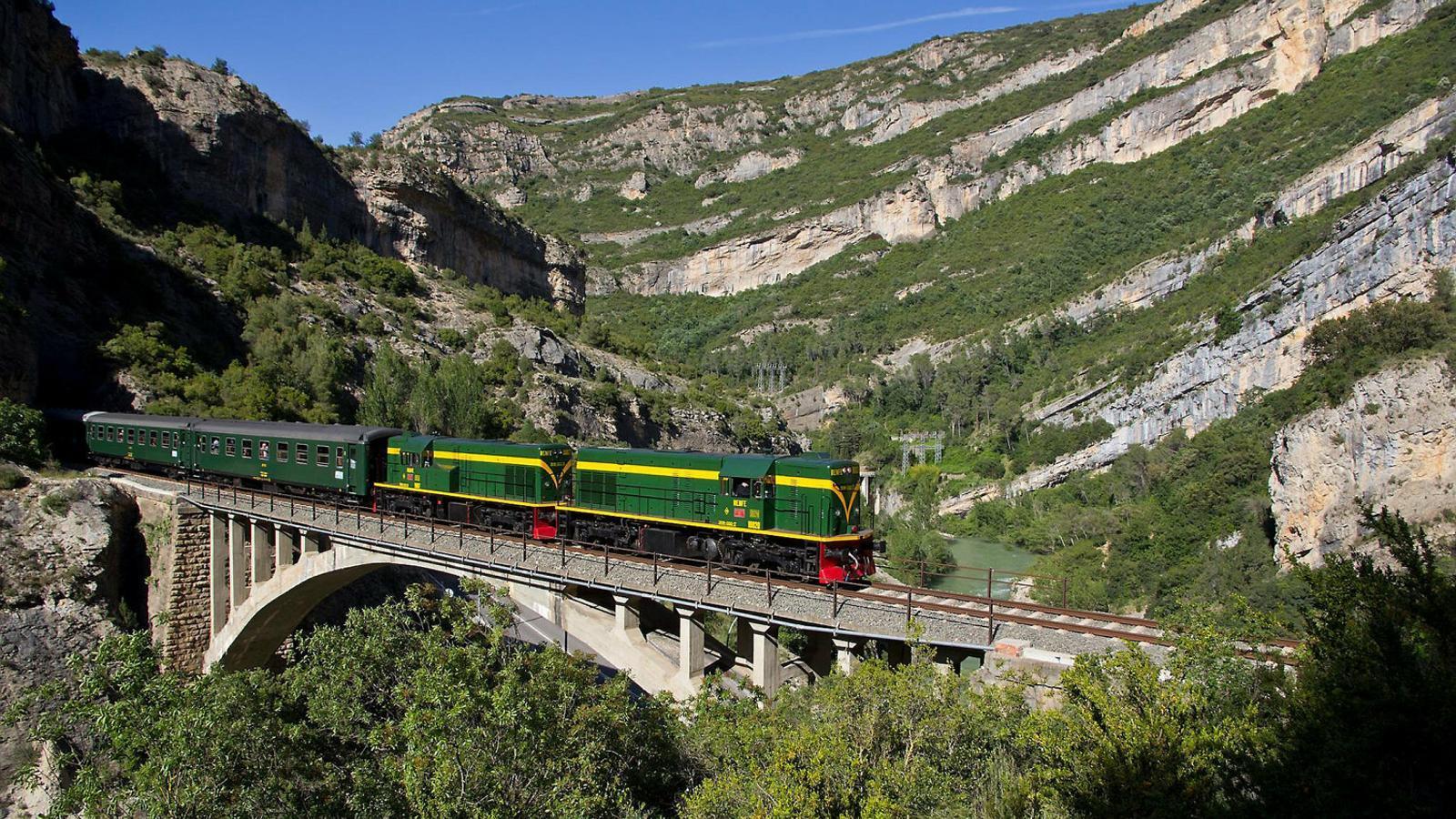 El Tren dels Llacs començarà                a circular el 20 d'abril