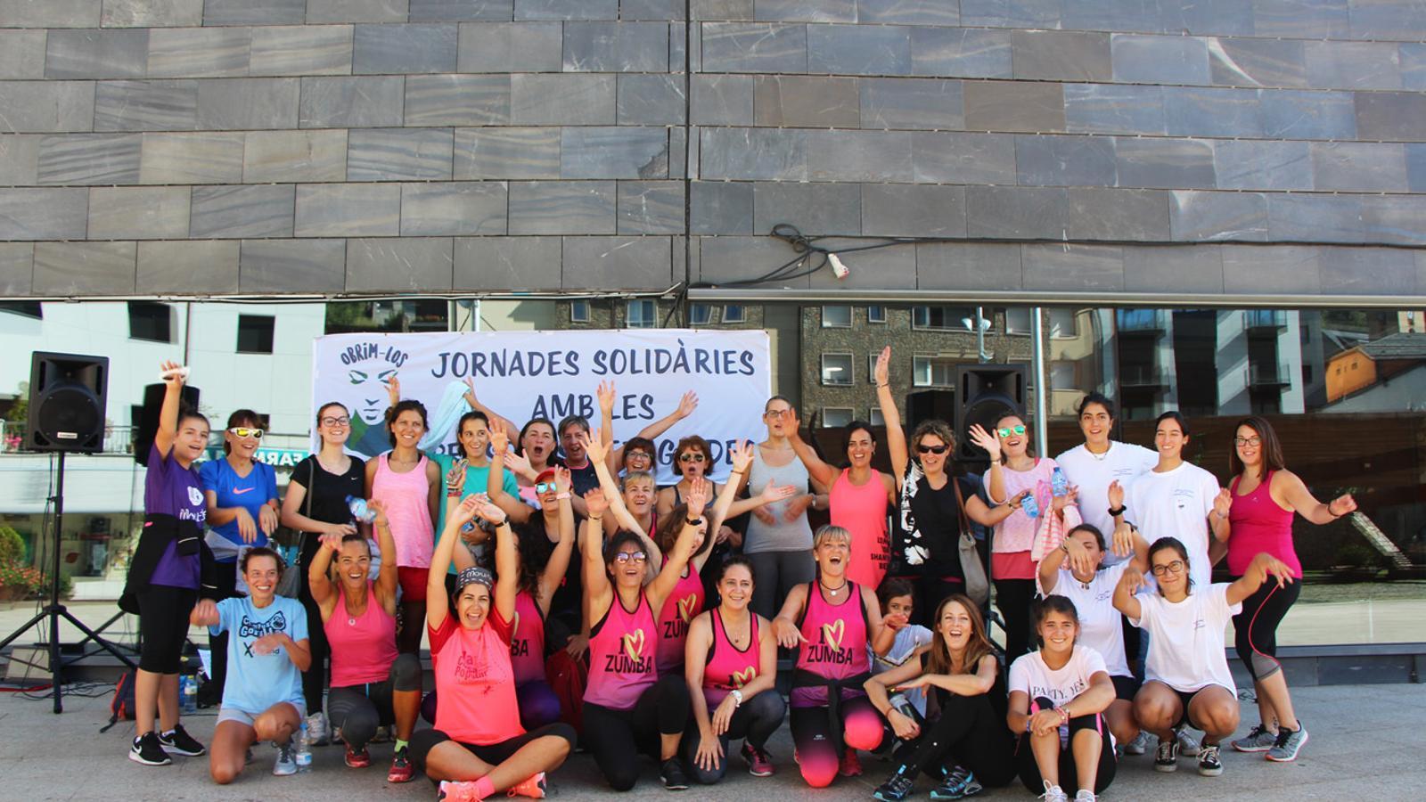Classe de zumba a les Jornades Solidàries amb les Persones Refugiades. / T. N.