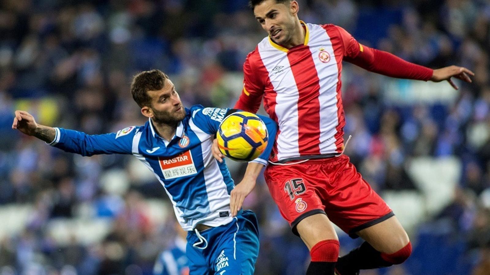 Juanpe salta més que Stuani, en l'Espanyol-Girona de dilluns al RCDE Stadium