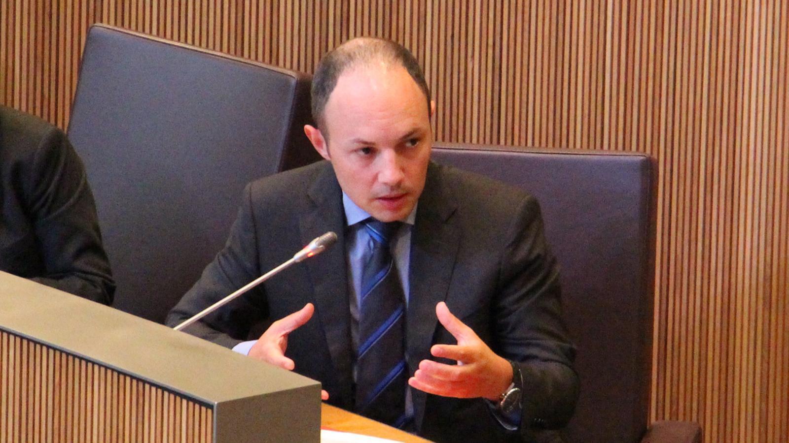 Es preveu des del control i autoritzaci fins a la recerca for Ministre interior