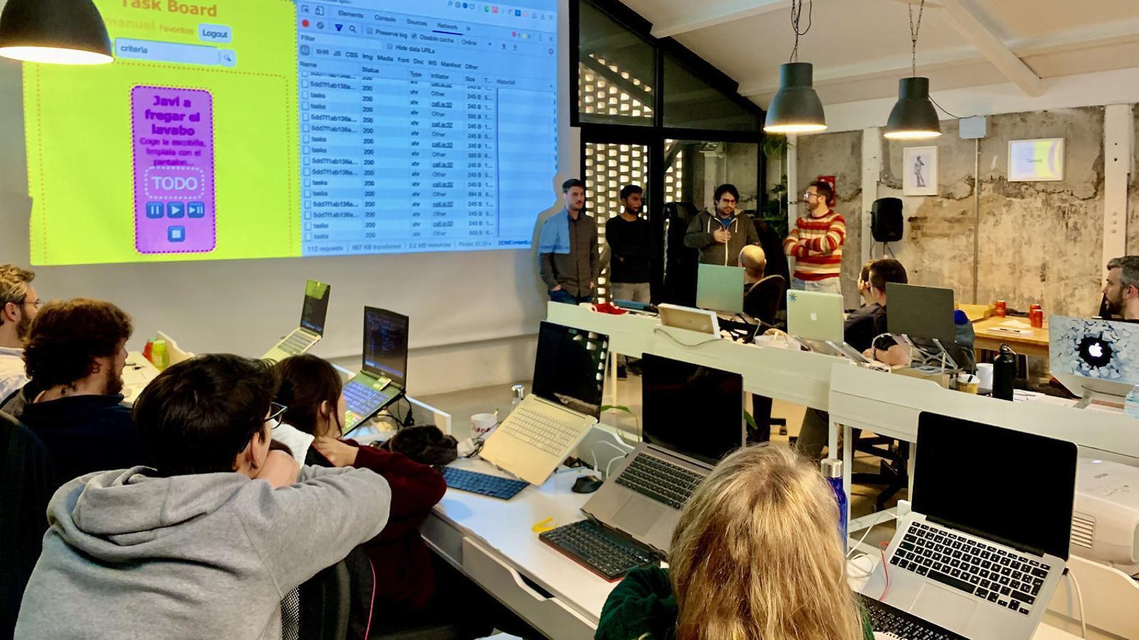ISDI compra l'escola de programació catalana Skylab