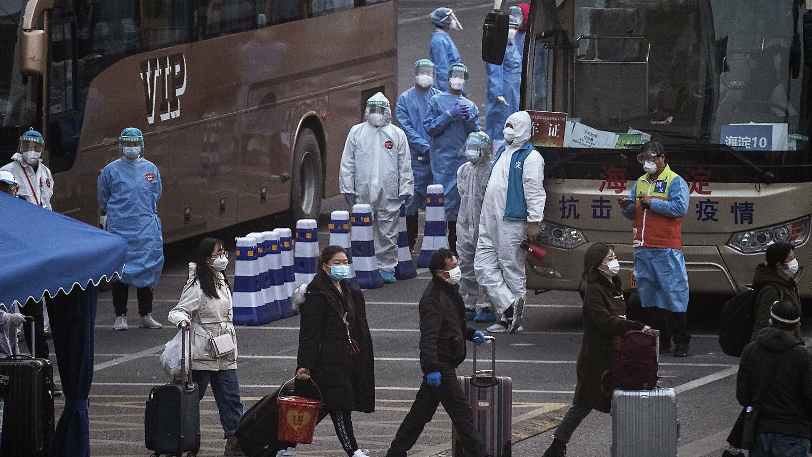 Lenta i llarga sortida del confinament a la Xina
