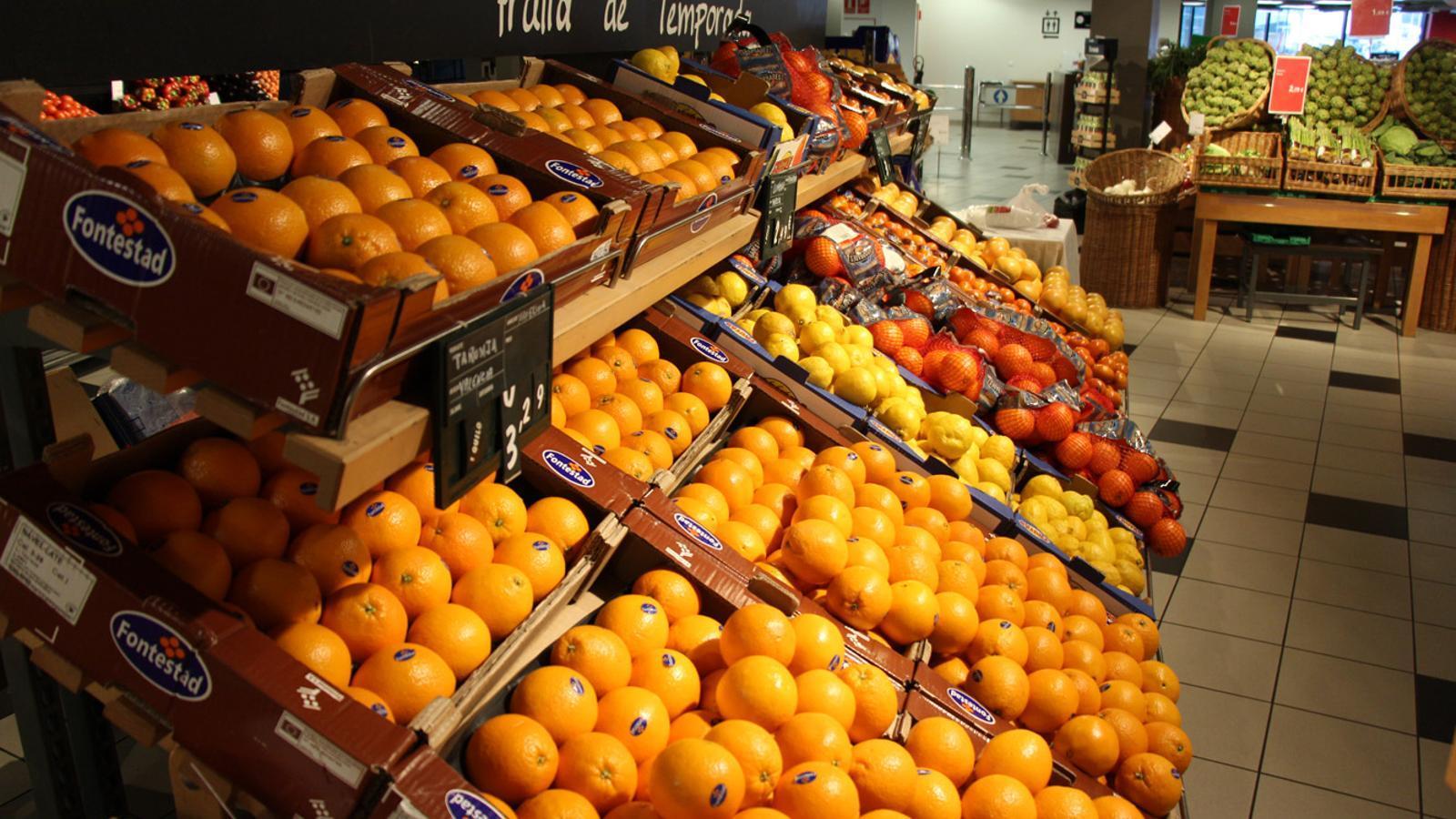 Fruita en un supermercat. / ARXIU ANA