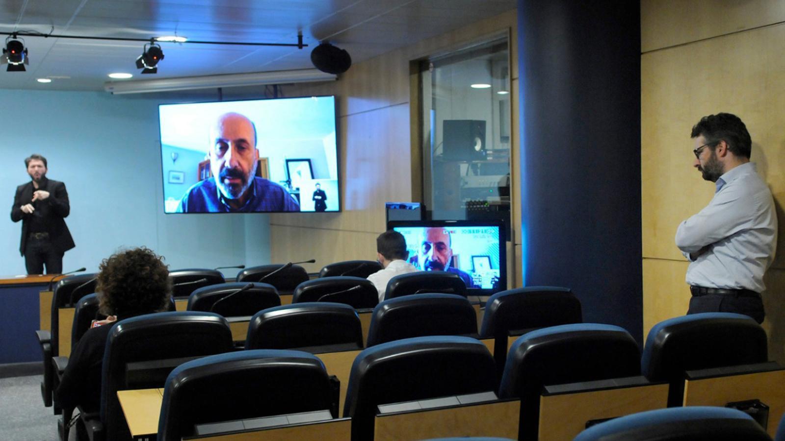 Compareixença del ministre de Salut, Joan Martínez Benazet, des de la sala de premsa del Govern. / SFG