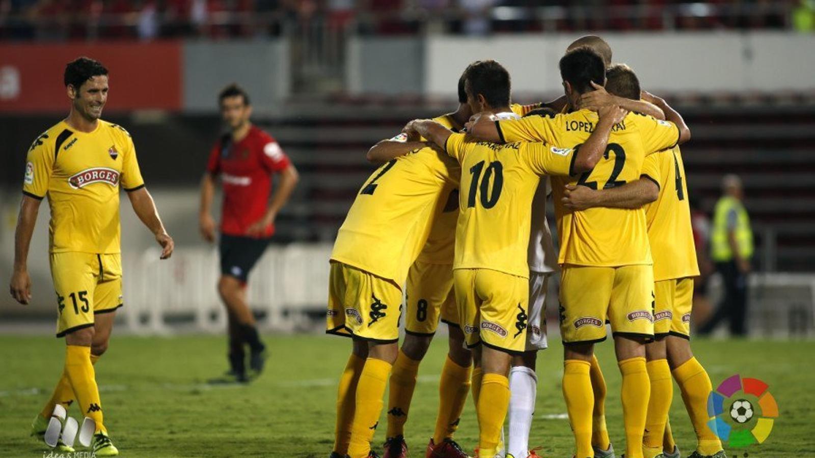 El Reus s'estrena a segona amb un triomf agònic al camp del Mallorca (0-1)