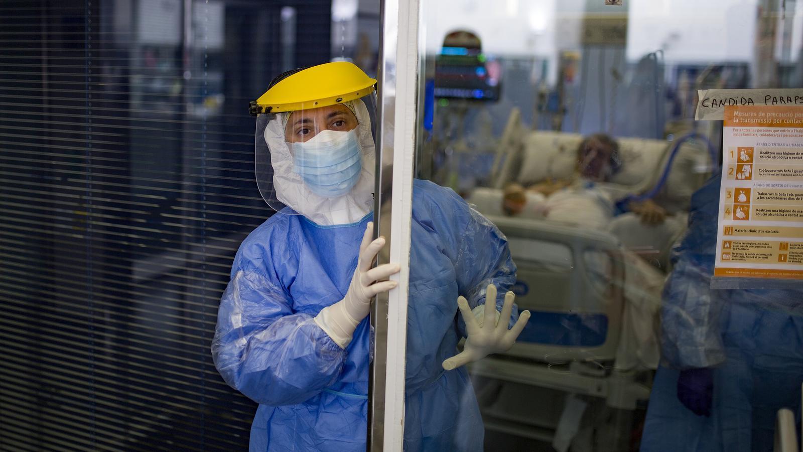 Catalunya registra 35 morts i 587 contagis per coronavirus en els últims set dies