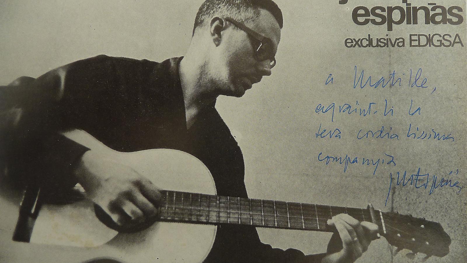 Postal dedicada de Josep Maria Espinàs que s'ha convertit en una peça de col·leccionista.