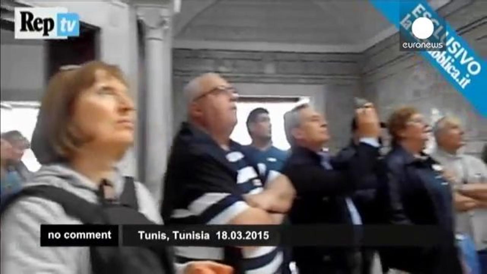 El moment de l'atac terrorista al museu del Bardo, gravat per una turista