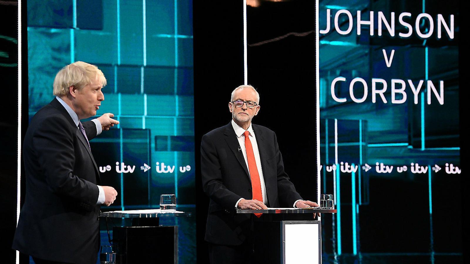 Johnson i Corbyn debaten sobre les seves mancances