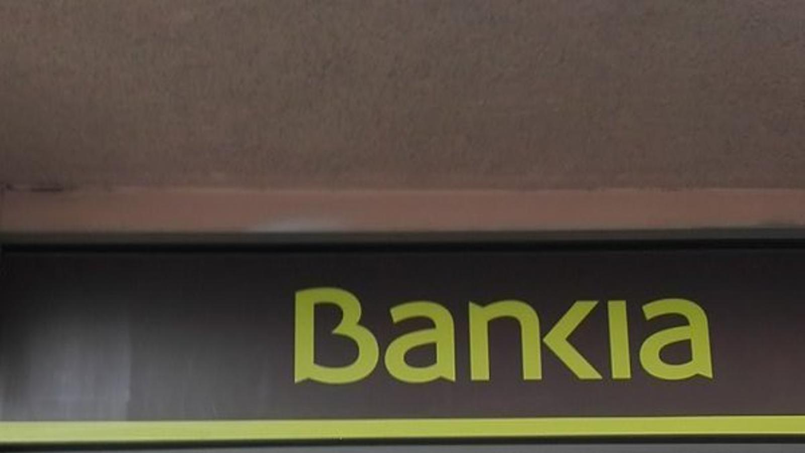 La pah surt al carrer per denunciar les pr ctiques for Oficinas bankia en palma de mallorca