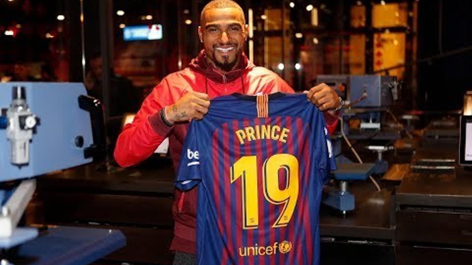 La presentació de Kevin-Prince Boateng com a nou jugador del Barça, en directe