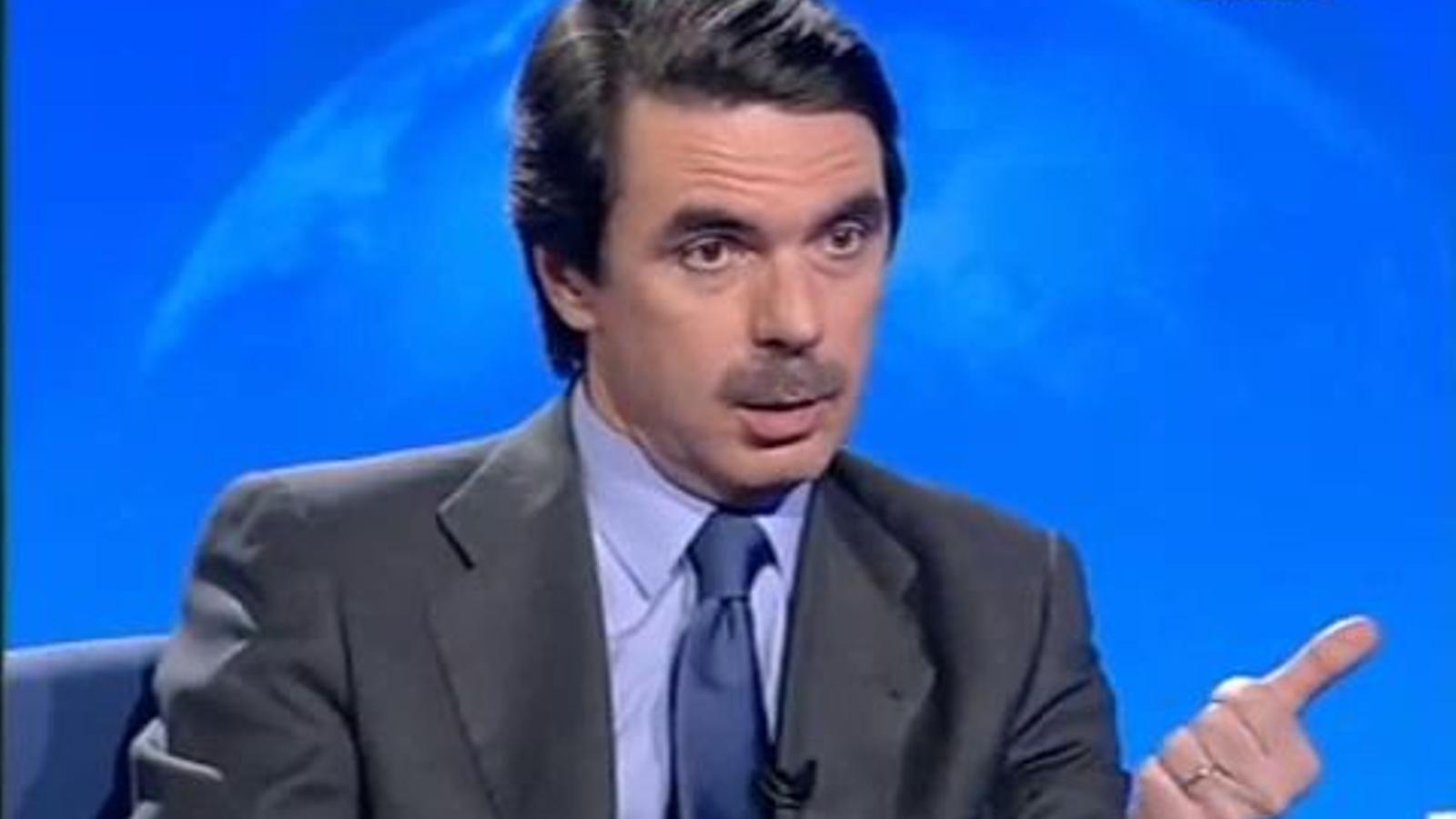 Aznar afirma que Iraq té armes de destrucció massiva