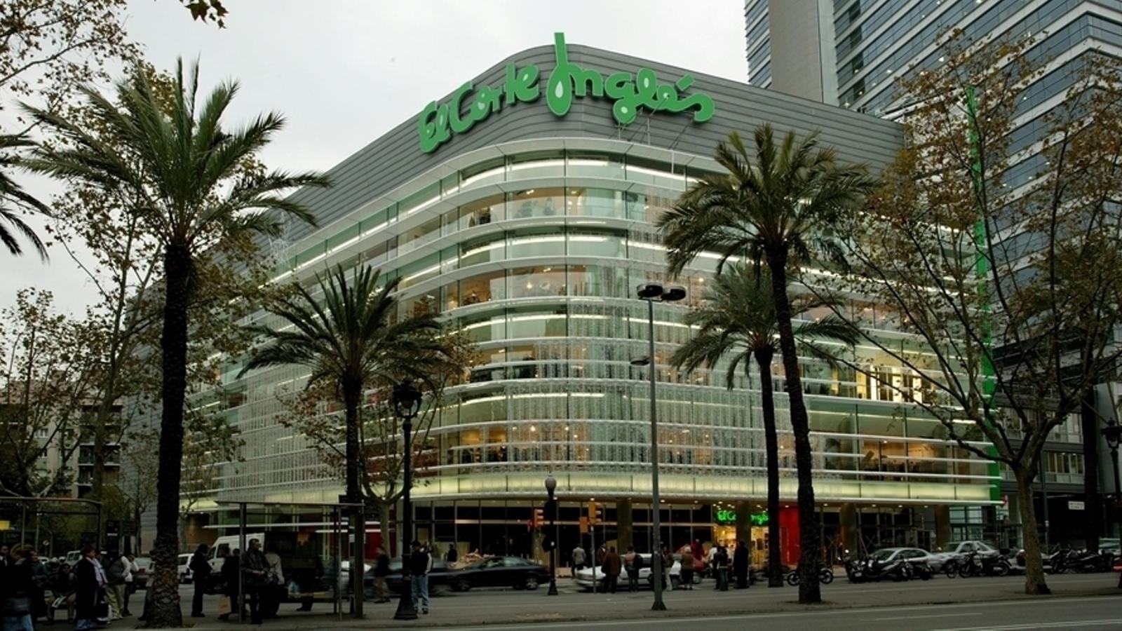 El Corte Inglés és un dels centres comercials que ha presentat un ERTO
