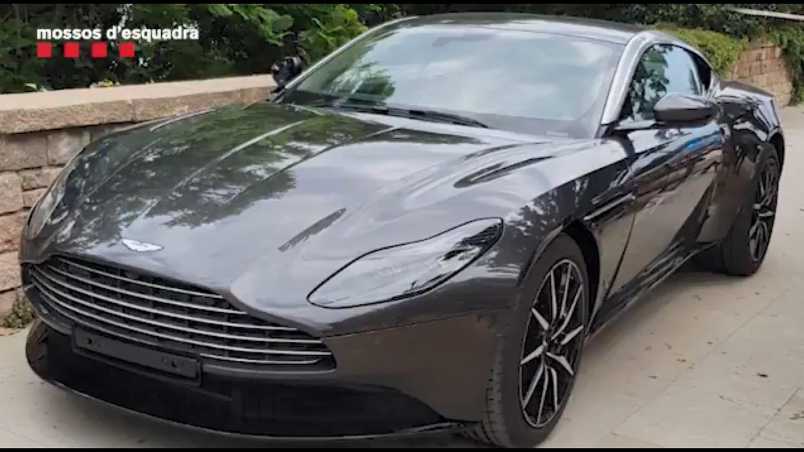 L'Aston Martin que el lladre ha robat d'un concessionari de vehicles de gamma alta