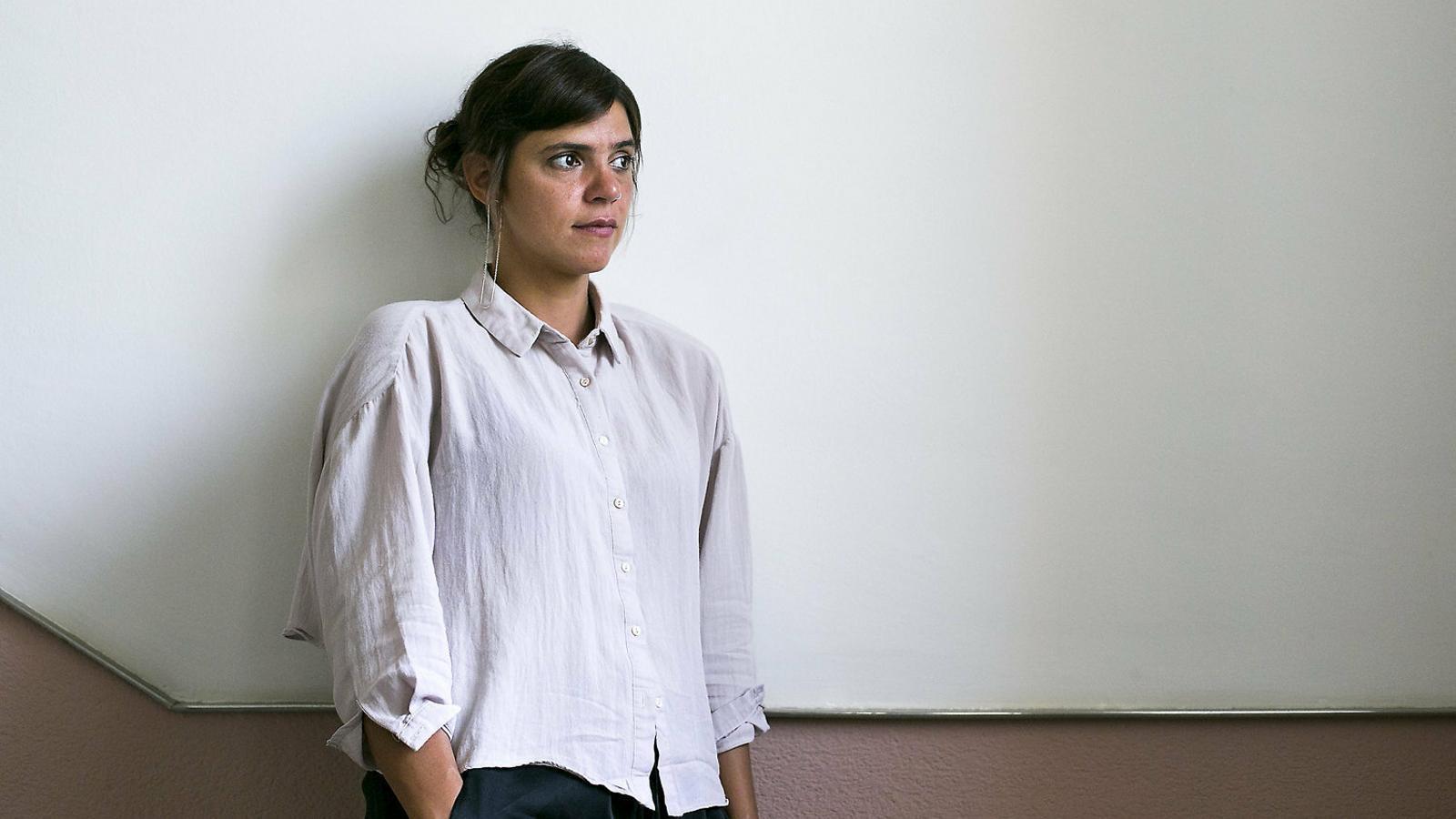 """Valeria Luiselli: """"Hi ha un incentiu econòmic per mantenir els nens migrants empresonats"""""""