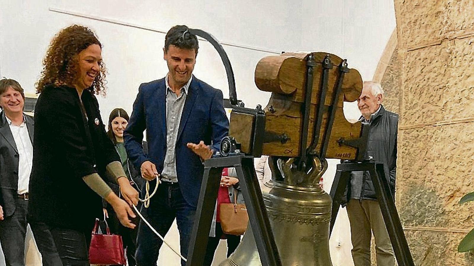 La nova campana d'Artà no té on repicar, si no es restaura Bellpuig