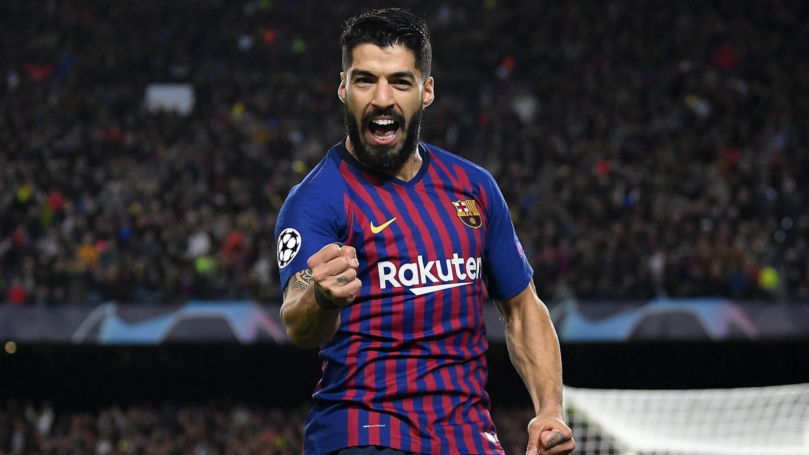 Luis Suárez celebrant un gol durant la seva etapa amb el Barça al Camp Nou.