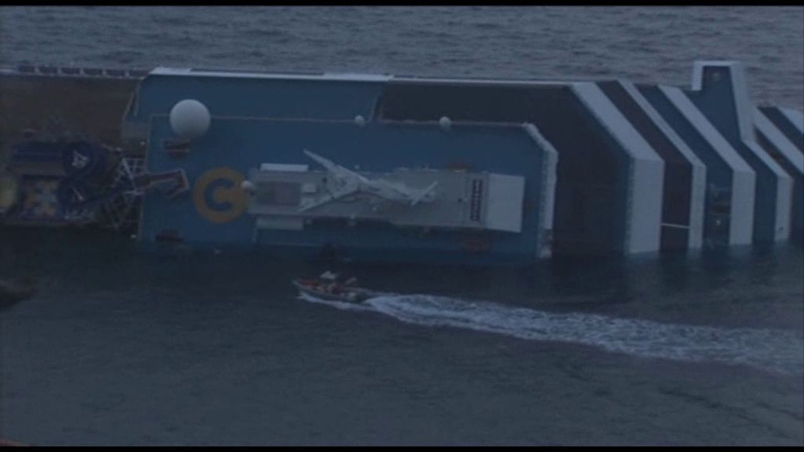 Dificultats per continuar el rescat de víctimes al Costa Concordia