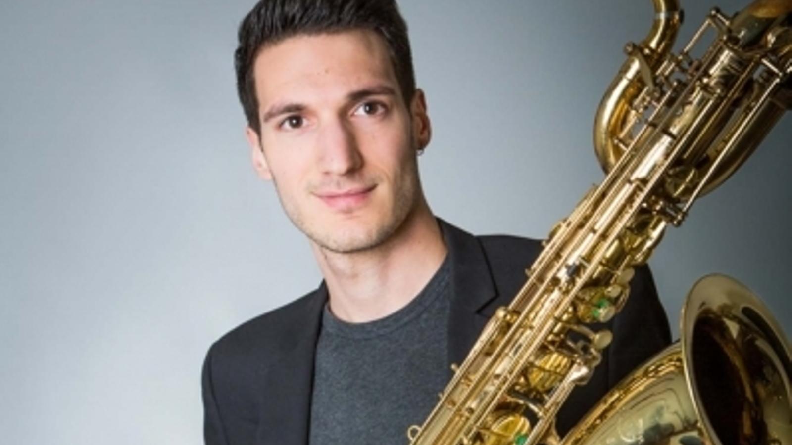 El saxofonista Maxime Bazerque. / AURELIE CASSIN