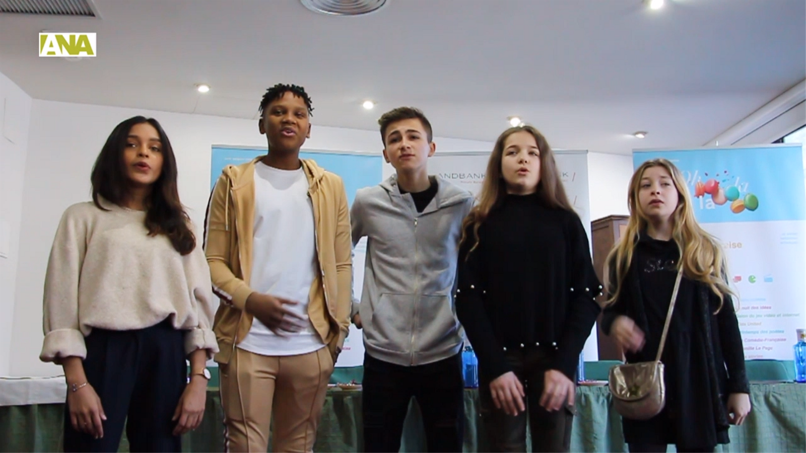 Els Kids United interpreten una part de l'èxit 'On ecrit sur les murs'