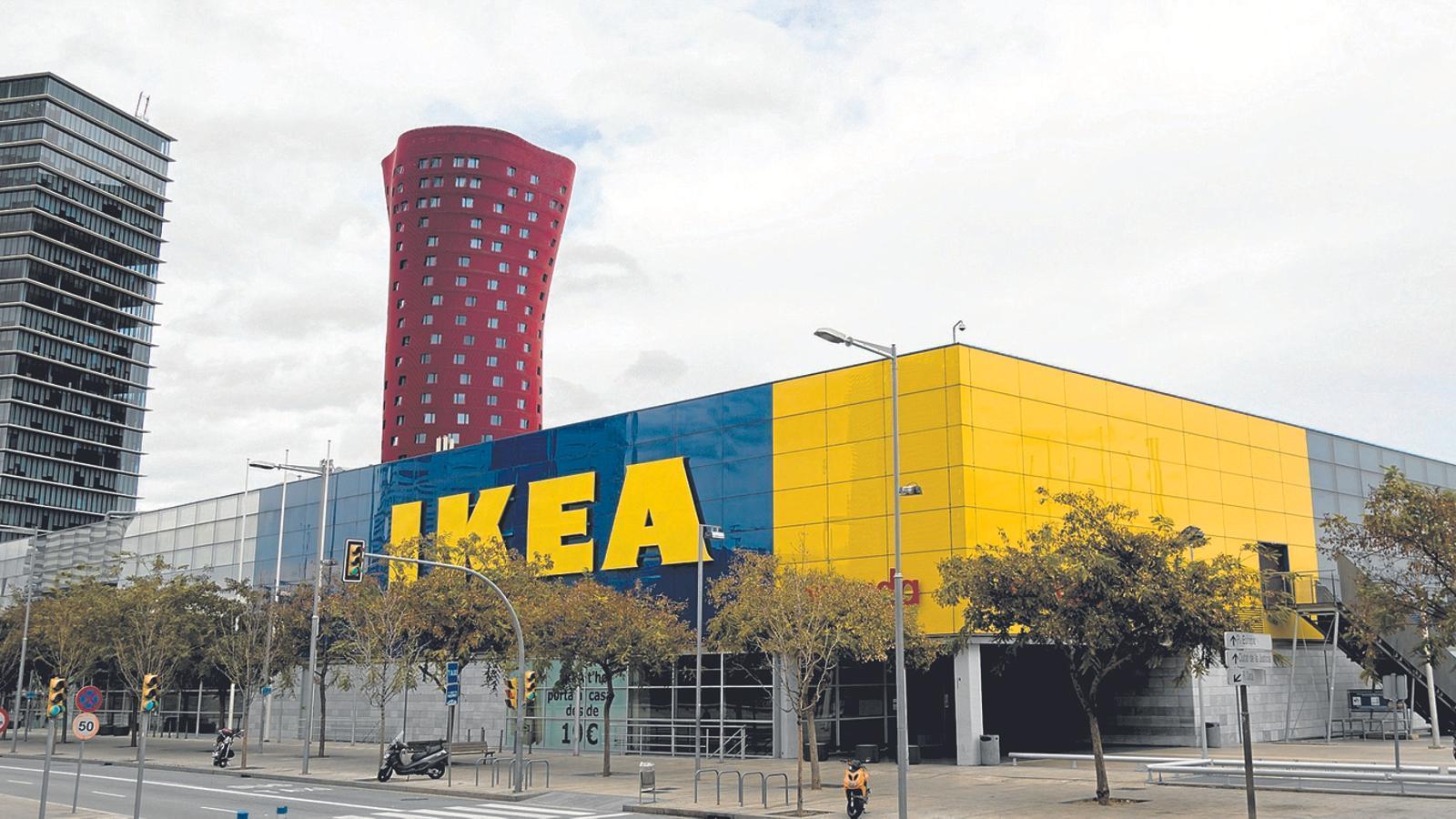 La botiga d'Ikea a l'Hospitalet de Llobregat / MARC ROVIRA