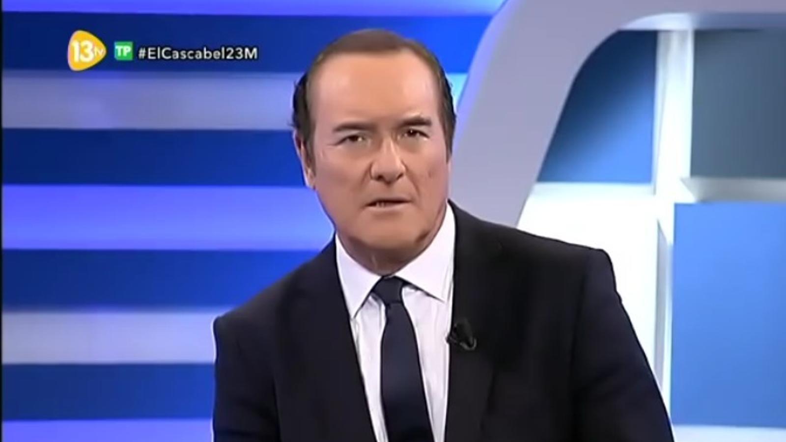 """El presentador de 13TV justifica els seus comentaris sobre l'atemptat: """"No se sabia que hi hagués víctimes"""""""