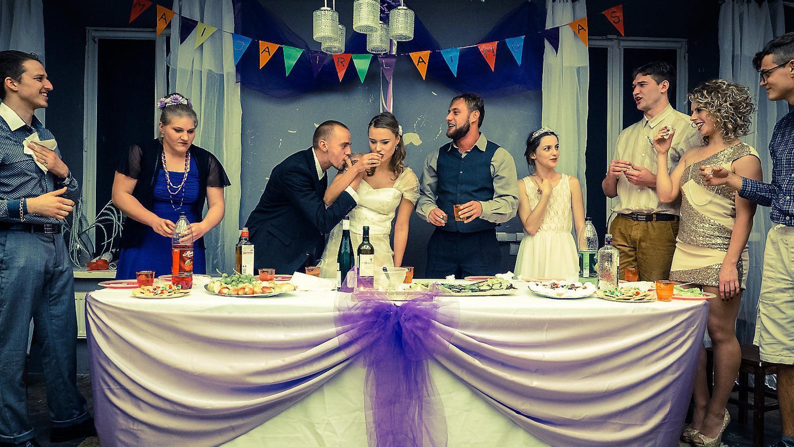 Una escena de Vestuvés (Casament).