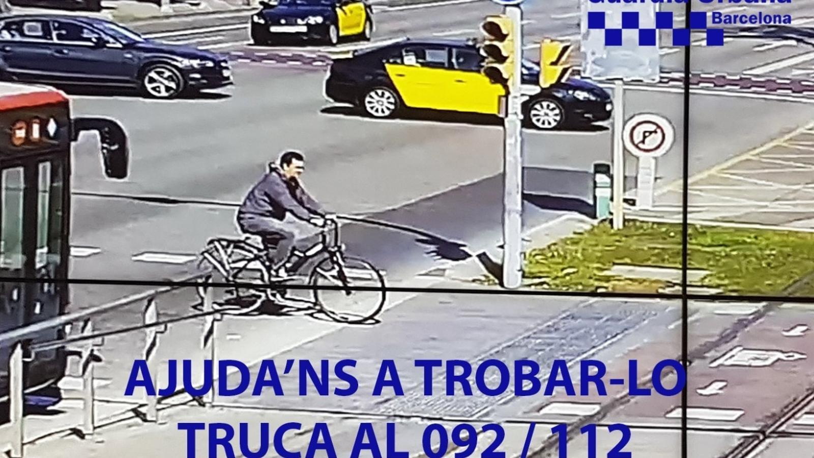 Difonen una altra fotografia del ciclista que va atropellar un nen i un adult a la Diagonal