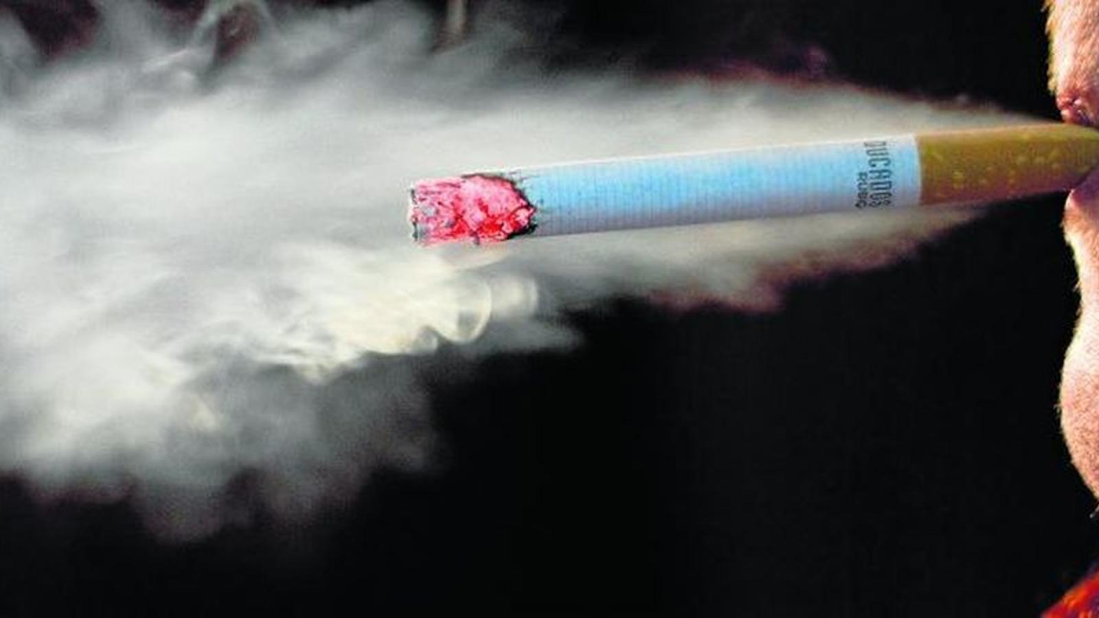 Salut pública vol reduir els fumadors adolescents esporàdics