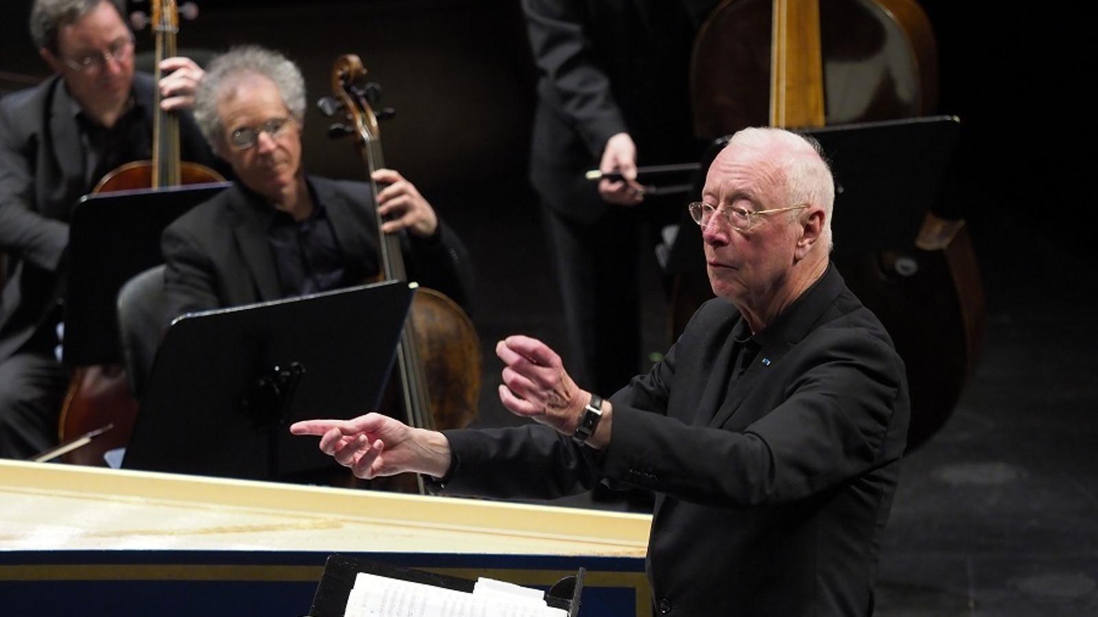 William Christie dirigint Les Arts Florissants al Liceu.