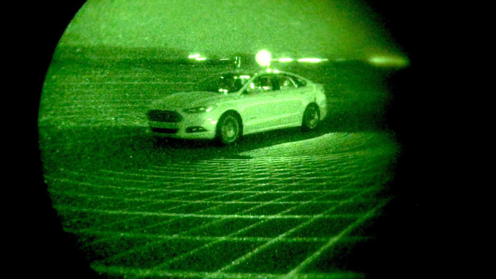 Els cotxes autònoms ja condueixen en la foscor