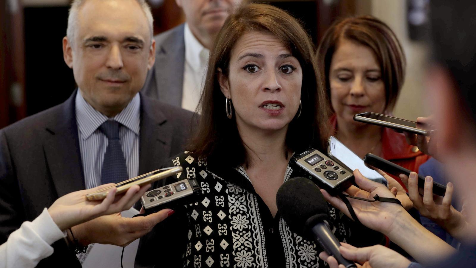 Adriana Lastra als passadissos del Congrés aquest dimarts