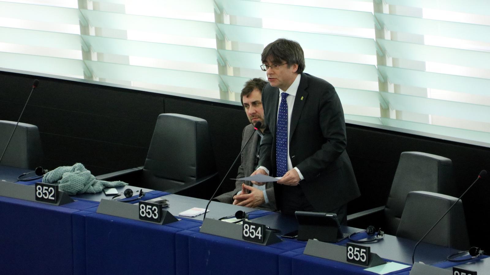 El Procés irromp a l'Eurocambra en el primer ple de Puigdemont
