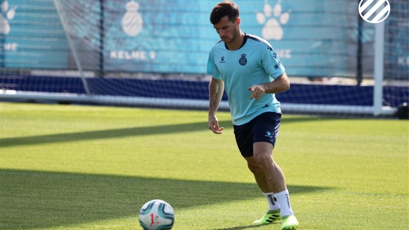 Pablo Piatti, en un entrenament a la ciutat esportiva de l'Espanyol
