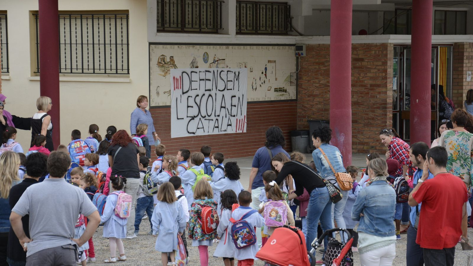 Rajoy vol posar fi a la immersió lingüística