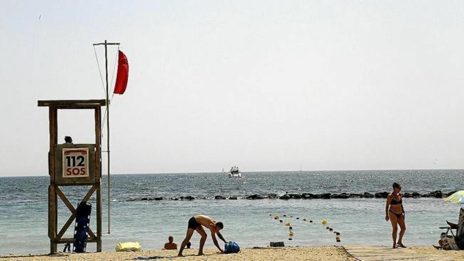 Les platges de Mallorca, Menorca i Eivissa obriran dilluns si aquestes illes passen a la fase 2