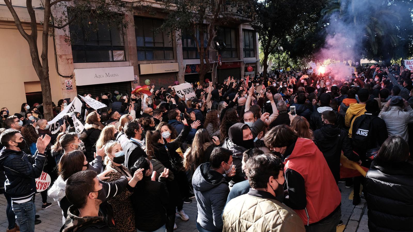 Els manifestants han anat cap a la plaça d'Espanya.