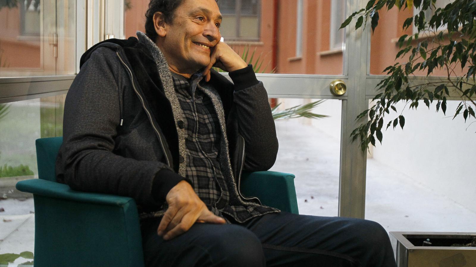 El director de cinema Agustí Villaronga aquest dijous a la Riera de Palma poc abans de la projecció de 'El Mar' dins del cicle de cinema d'autor de la UIB.