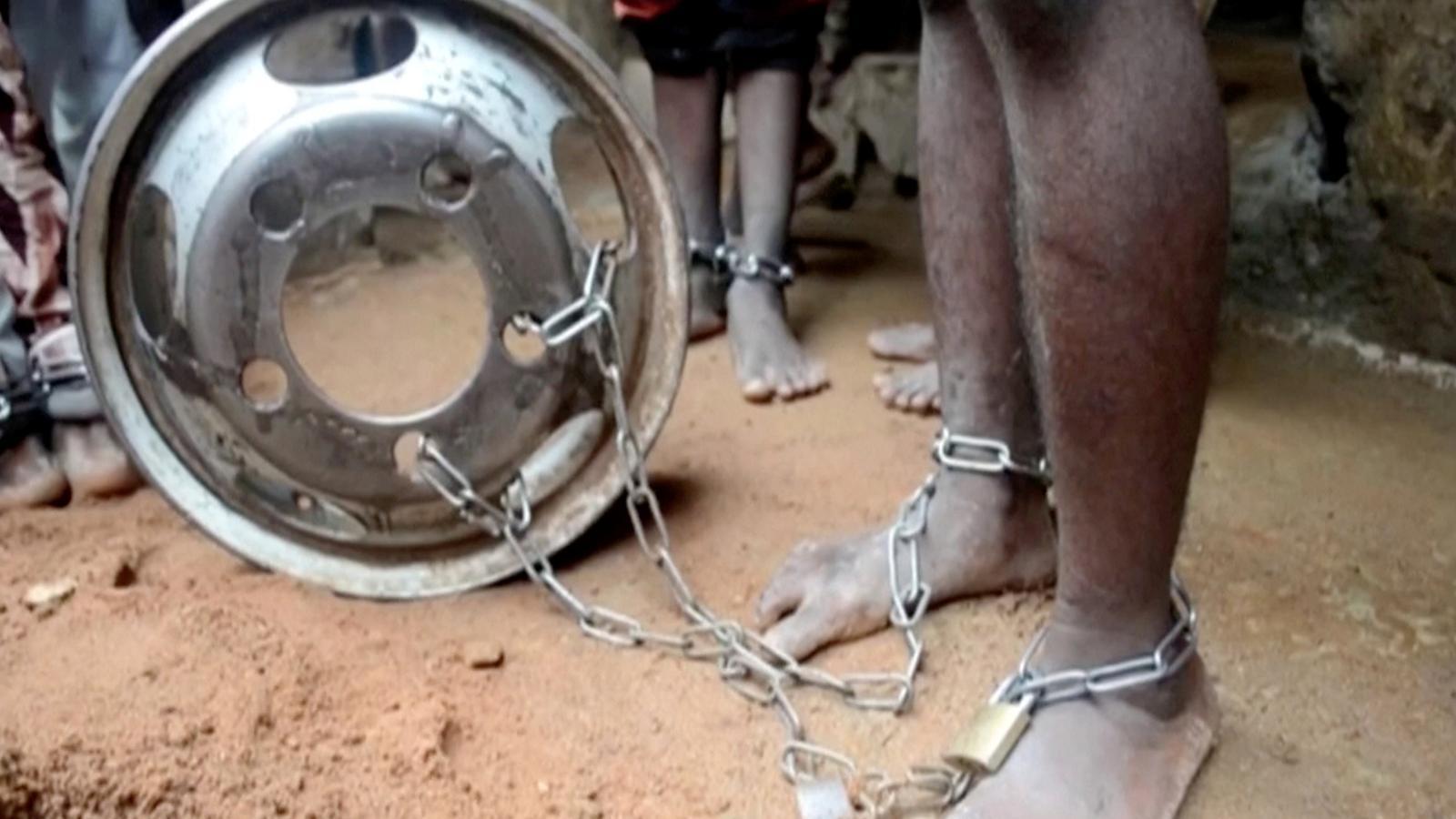 Alliberats 300 nens d'un 'centre de tortura' a Nigèria