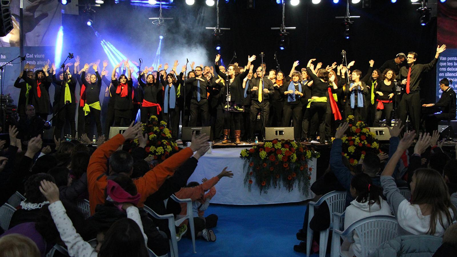 El concert de 'Twocats pel Gospel' omple l'envelat de Sant Julià pel Canòlich Music Festival 2015