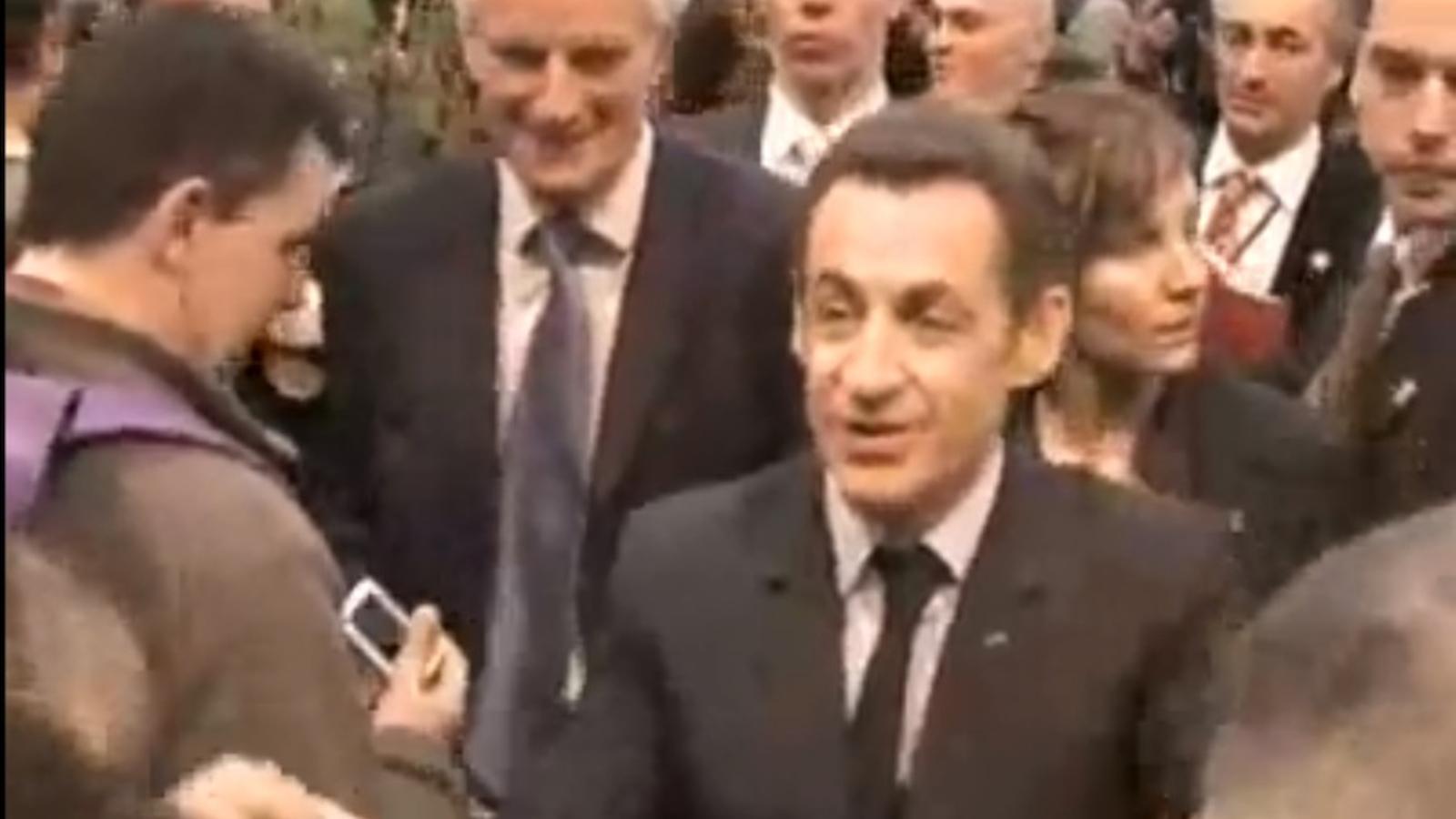 Sarkozy, l'any 2008: Vés a fer punyetes, pobre imbècil