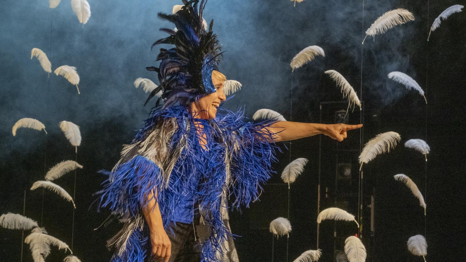 La ballarina i coreògrafa Sol Picó a 'Malditas plumas'