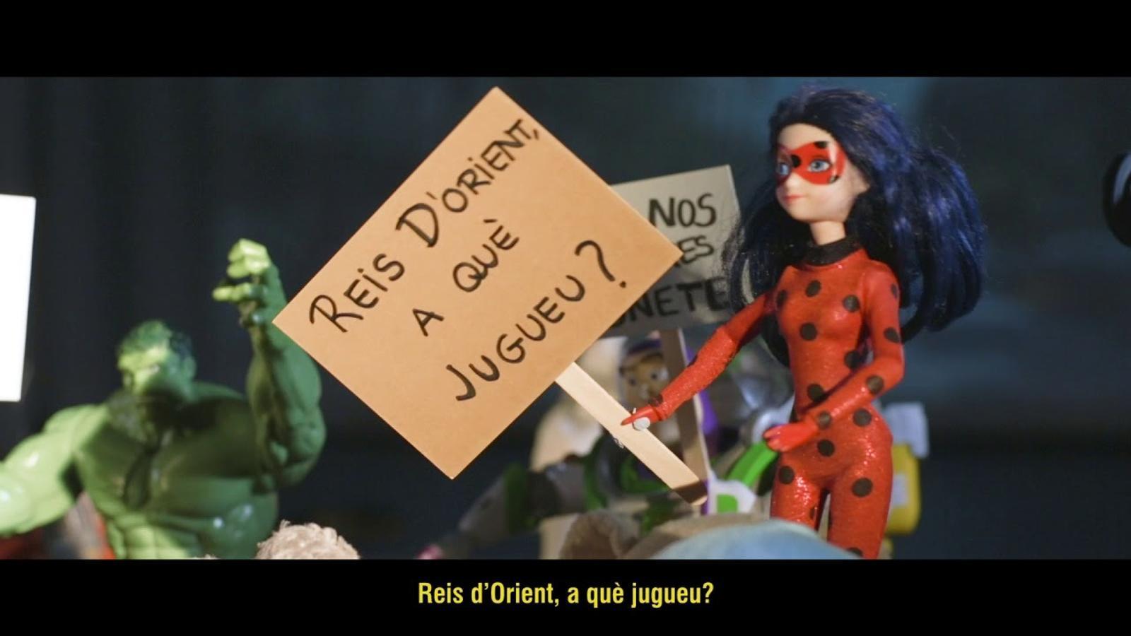 """""""Amb les joguines no s'hi juga"""": una campanya de l'escola Fructuós Gelabert contra els estereotips de gènere"""