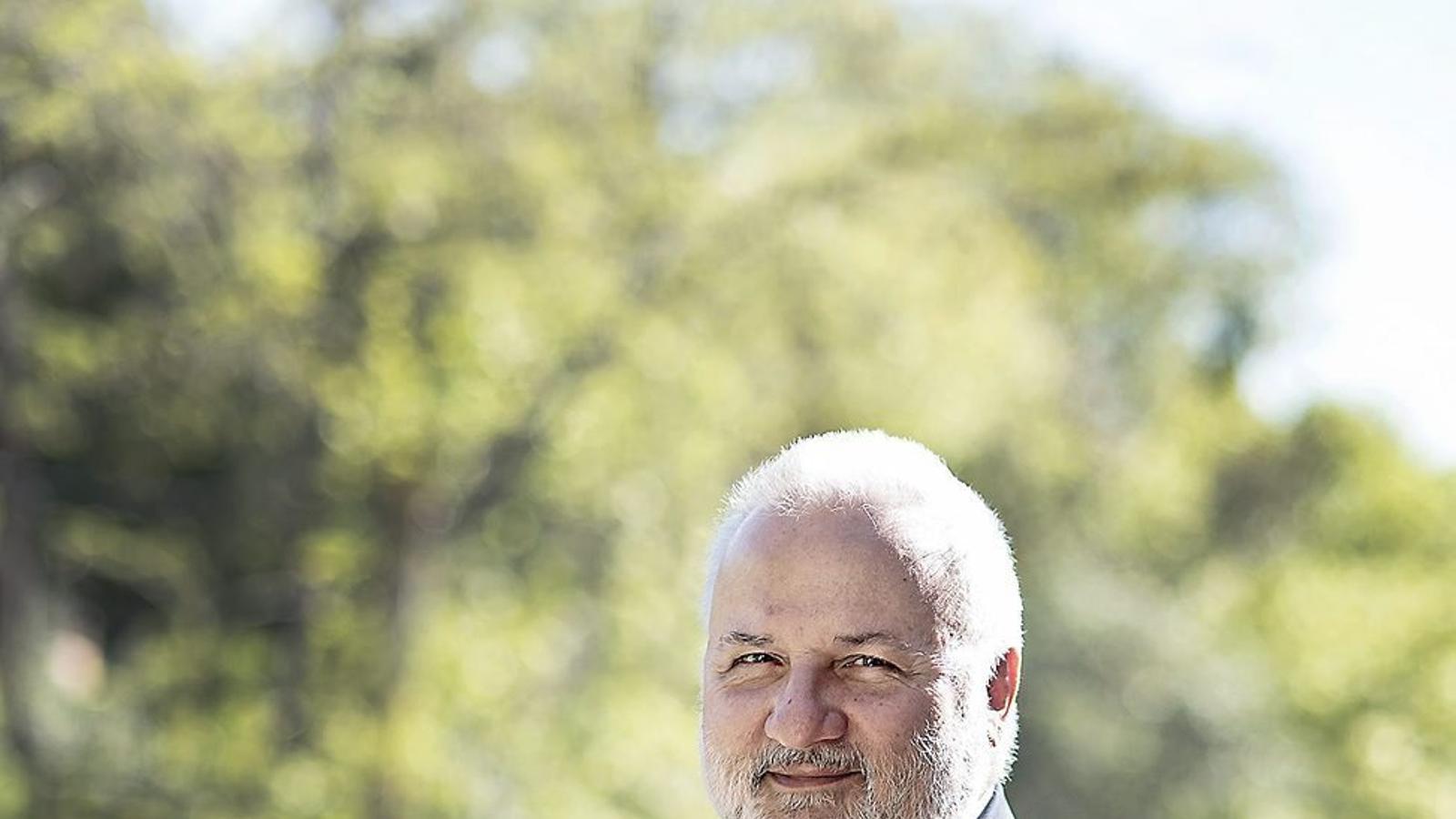 """Josep A. Planell: """"No farem cap guerra amb   El model 3+2"""""""
