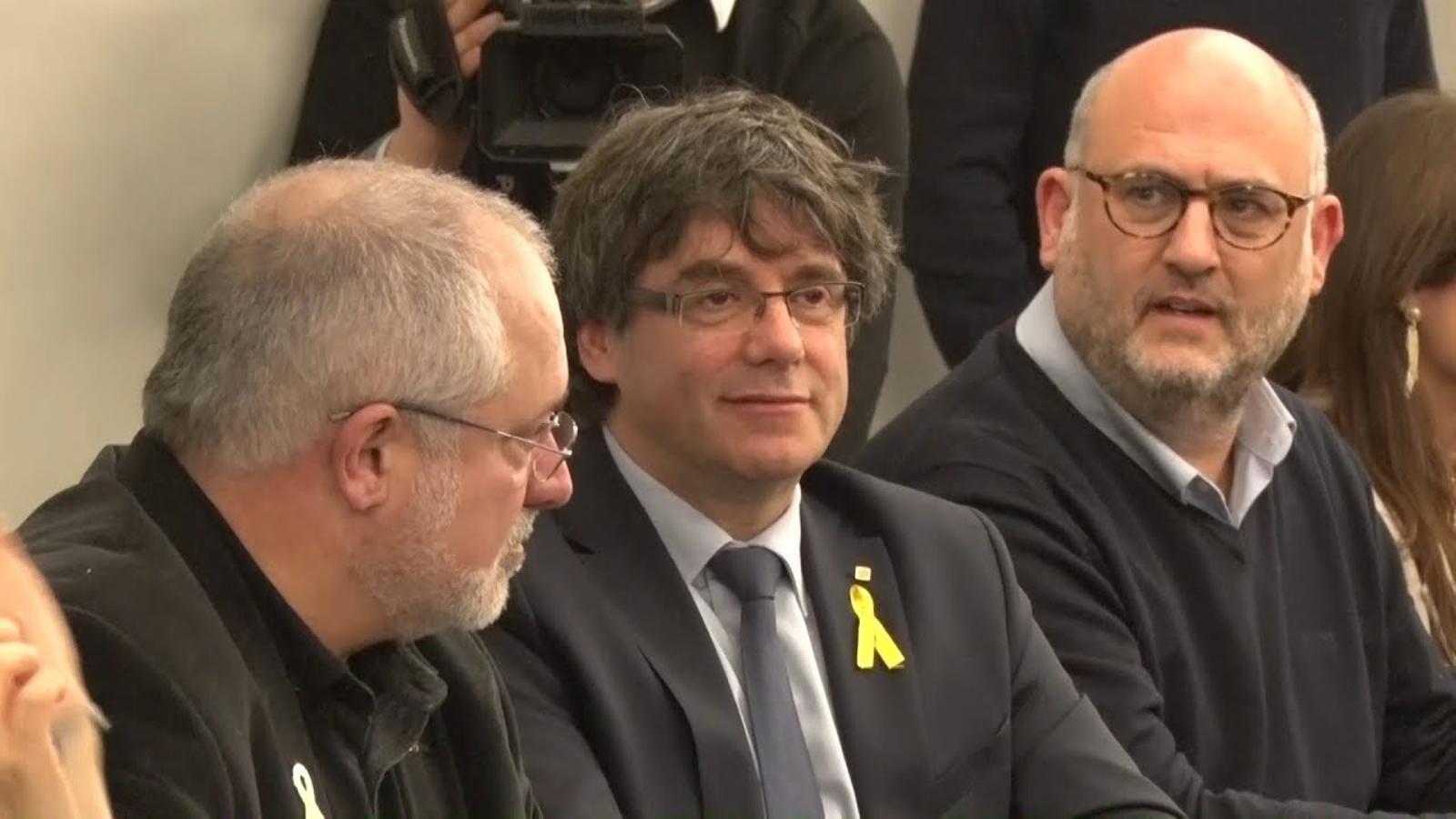 Els diputats de JxCat ja estan reunits a Brussel·les