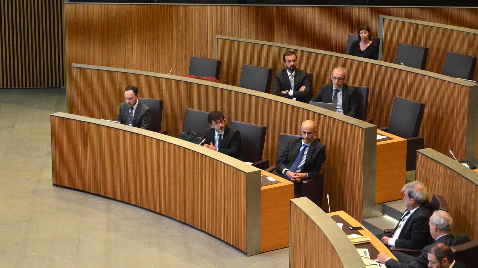 Membres del Govern durant la sessió de Consell General. / M. F. (ANA)
