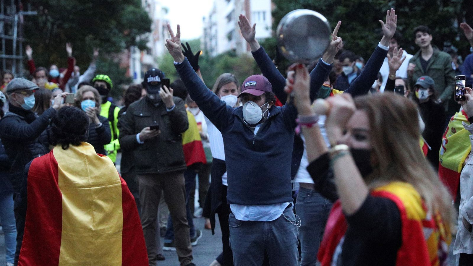 L'anàlisi d'Antoni Bassas: 'La Guàrdia Civil, els coronapijos i els avalots de corte separatista'